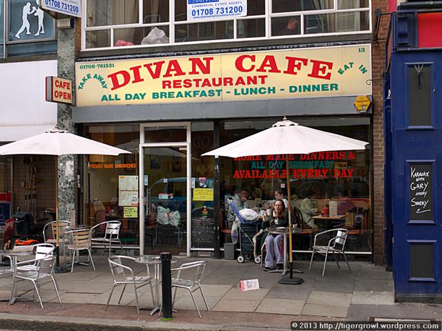 Divan Cafe